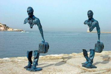 Traveller sculpture Bruno Catalano